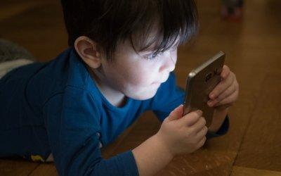 Les écrans, une prison pour nos enfants